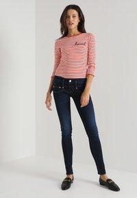 Herrlicher - PITCH SLIM - Slim fit jeans - dull - 2