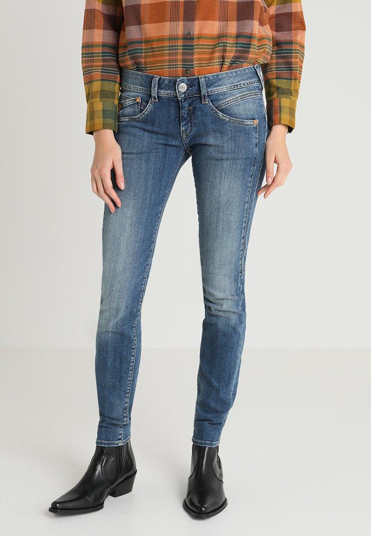Herrlicher - GILA SLIM - Jeans Slim Fit - denim soul