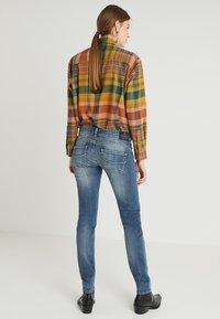 Herrlicher - GILA SLIM - Slim fit jeans - denim soul - 3