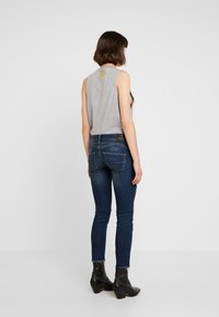 Herrlicher - GILA SLIM CROPPED - Slim fit jeans - rough blues destroy - 3