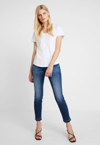 Herrlicher - TOUCH CROPPED TOUCH - Jeans Skinny Fit - moody - 1