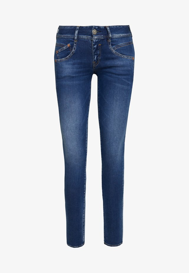 GILA POWERSTRETCH - Vaqueros slim fit - dazzling blue