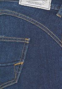 Herrlicher - GILA  - Jeans slim fit - blue denim - 2