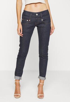 PITCH STRETCH - Jeans slim fit - raw