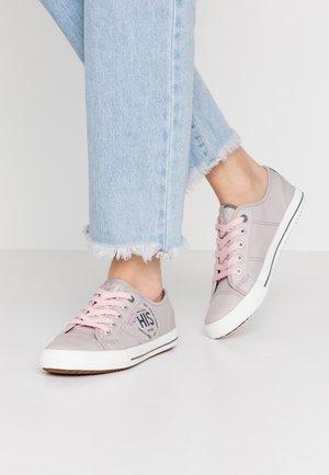 Tenisky - grey/pink