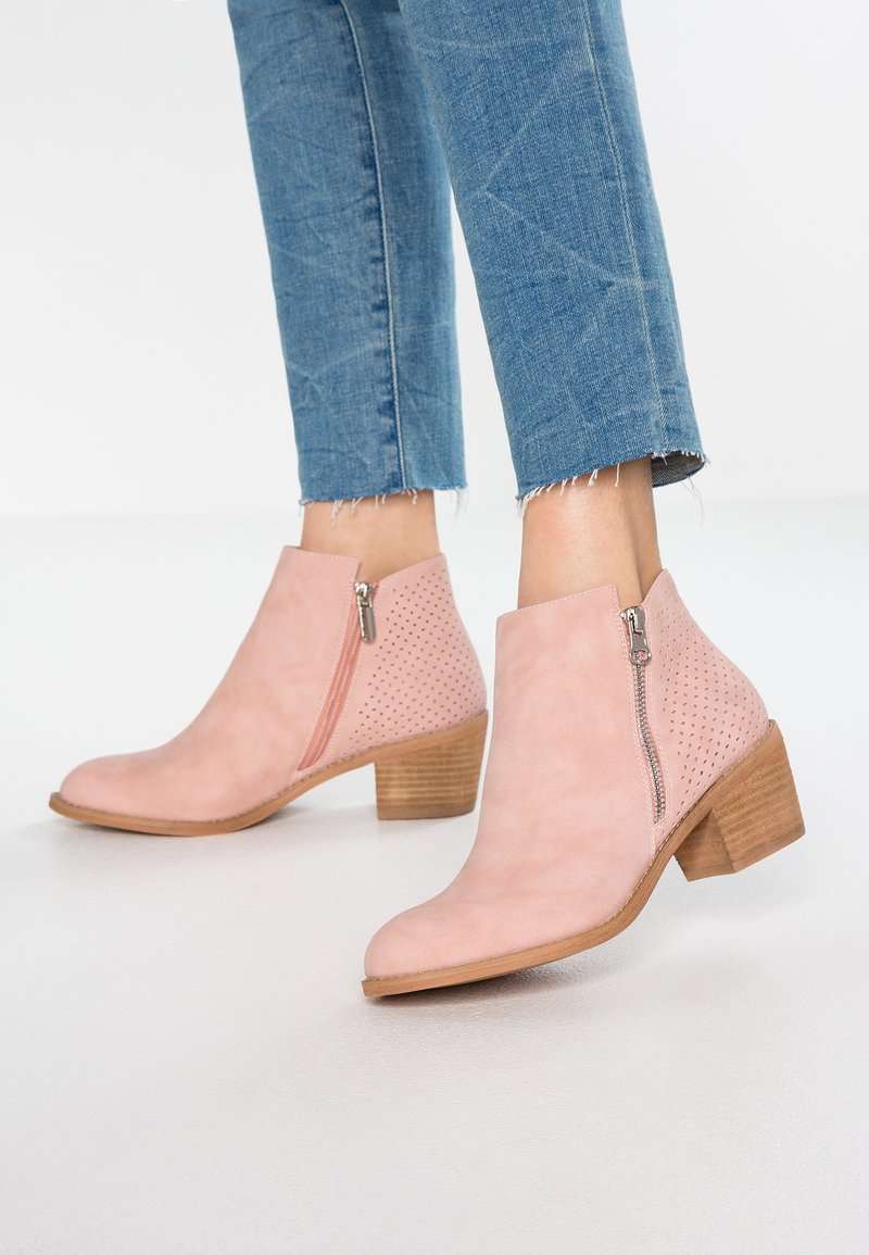 H.I.S - Ankle boots - nude