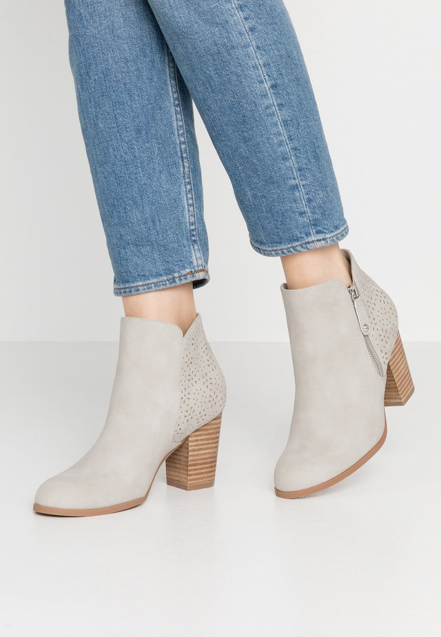 Ankle boots - hielo