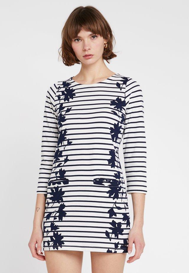 QUINN - Jerseyklänning - navy