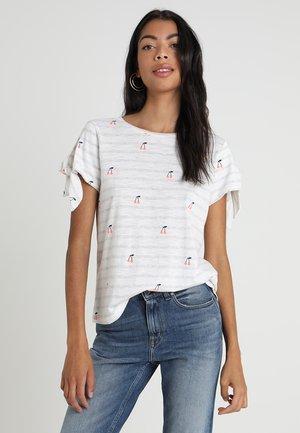 TIGGY - T-shirt con stampa - white