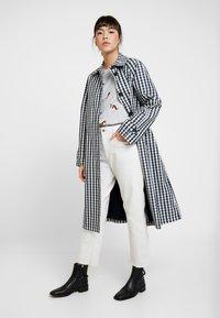 Tom Joule - HARBOUR PRINT - Maglietta a manica lunga - light grey - 1