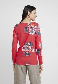 Tom Joule - HARBOUR PRINT - Camiseta de manga larga - red floral - 2