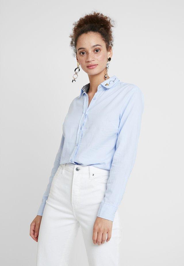 LUCIE - Button-down blouse - blue