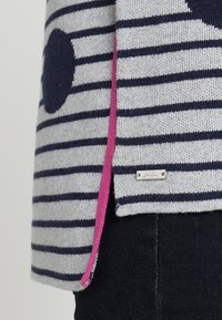 Tom Joule - UMA - Stickad tröja - light grey - 5
