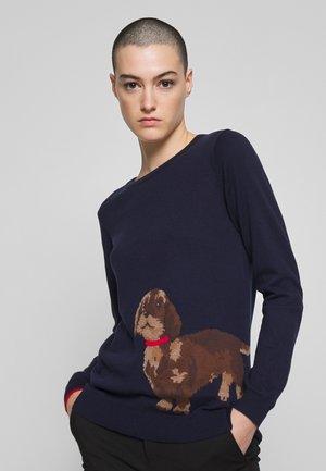 MIRANDA - Stickad tröja - navdaschun