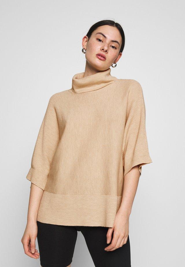 VANNA - Stickad tröja - oat