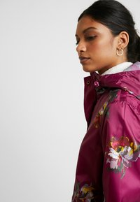 Tom Joule - GOLIGHTLY - Parka - berry peony - 4