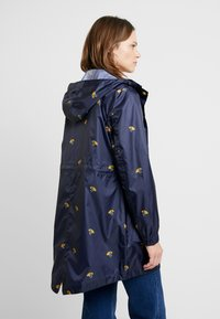 Tom Joule - GOLIGHTLY - Parka - umbrella ducks - 2