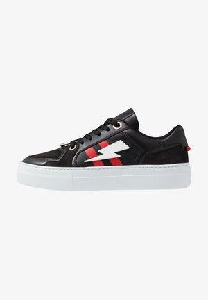 PIERCED MODERNIST ULTRA - Sneakers basse - black/red/white