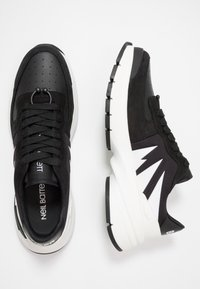 Neil Barrett - TIGER BOLT SPORTS - Zapatillas - black/white