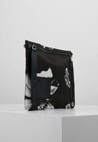Neil Barrett - ANEMONE BAG - Skuldertasker - black/white - 3