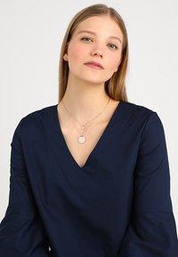 Swarovski - GINGER PENDANT LAYER  - Necklace - rosegold-coloured - 1