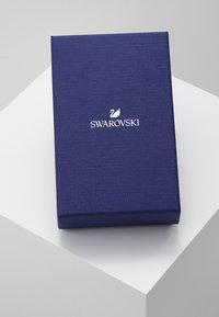 Swarovski - DAZZLING SWAN - Boucles d'oreilles - fancy morganite - 4