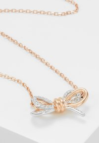 Swarovski - LIFELONG BOW PENDANT CRY MIX - Necklace - rose gold-coloured