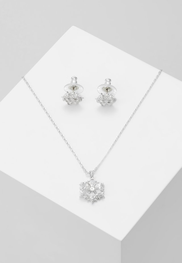 MAGIC SNOWFLAKE SET - Oorbellen - white