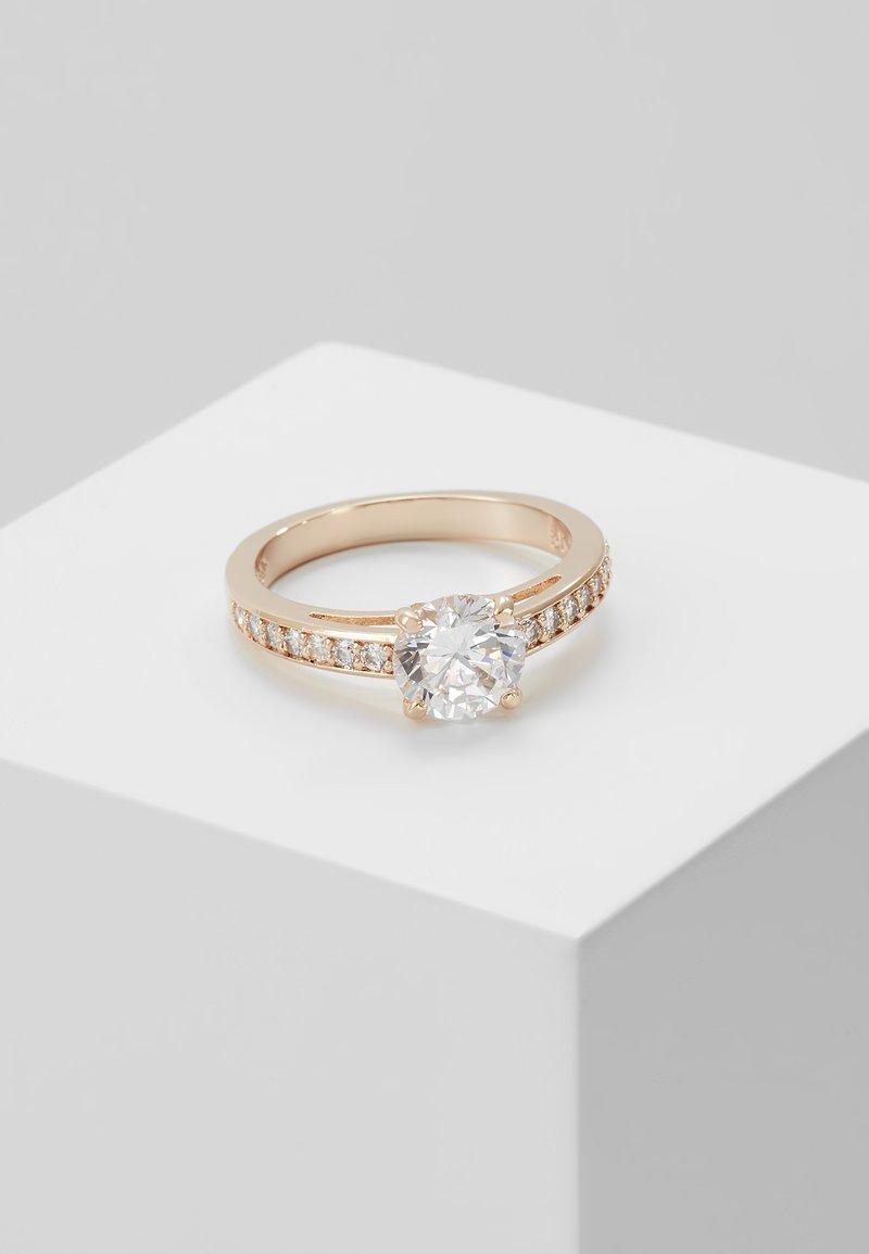 Swarovski - ATTRACT - Ring - white