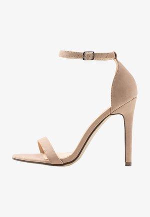 JASMINE - Korolliset sandaalit - nude