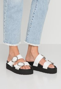 4th & Reckless - STACEY - Mules - black/white - 0