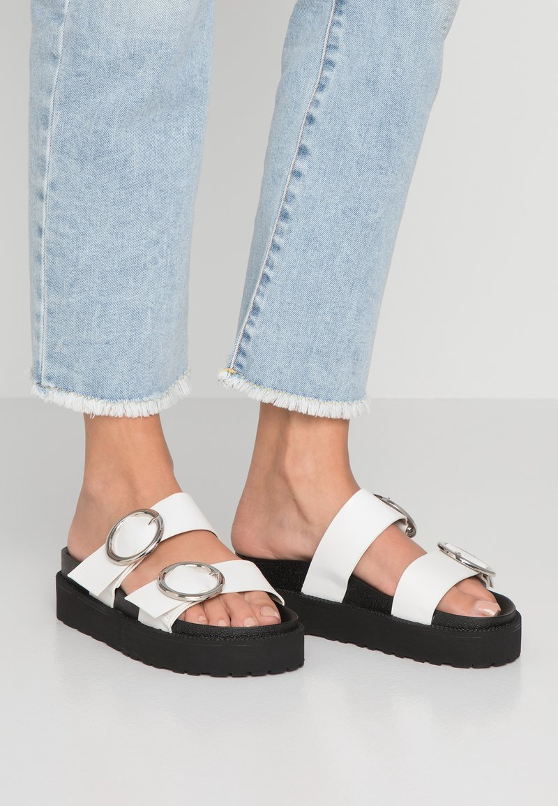 4th & Reckless - STACEY - Mules - black/white