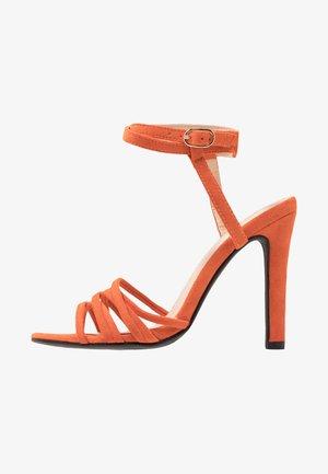 GIGI - Sandály na vysokém podpatku - orange