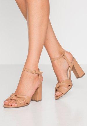 ECCLES - High Heel Sandalette - nude