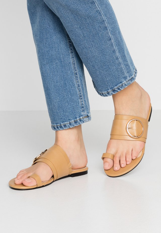JONES - T-bar sandals - nude