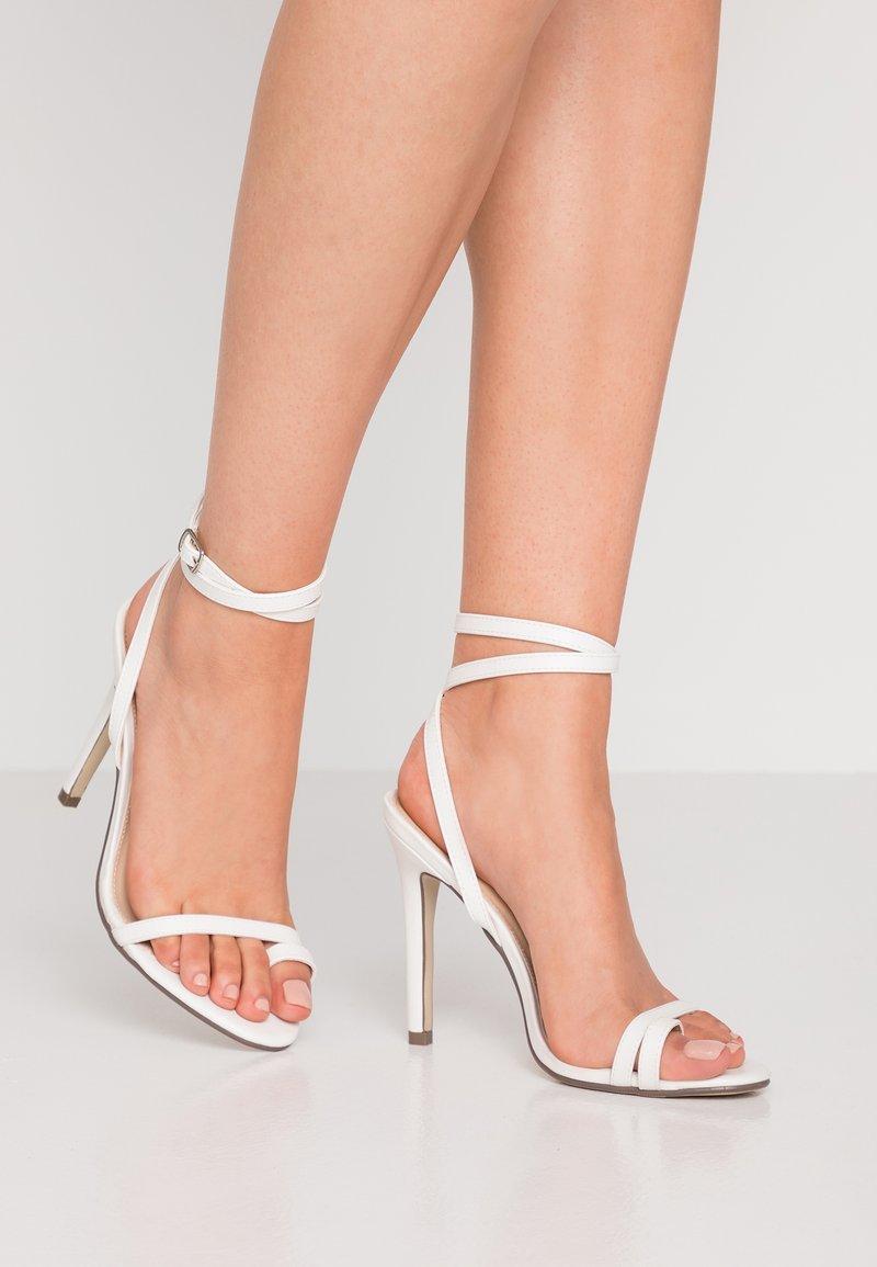 4th & Reckless - ROBBIE - High Heel Sandalette - white