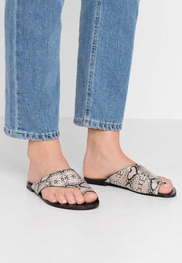 ROBERTS - T-bar sandals - beige