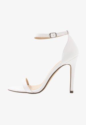 JASMINE - Sandales à talons hauts - white