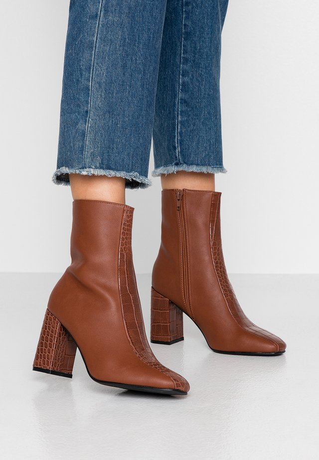 LILIANNA - High heeled ankle boots - tan