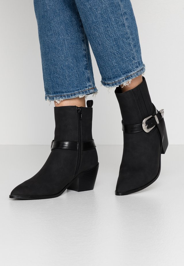 ALBA - Cowboy/biker ankle boot - black