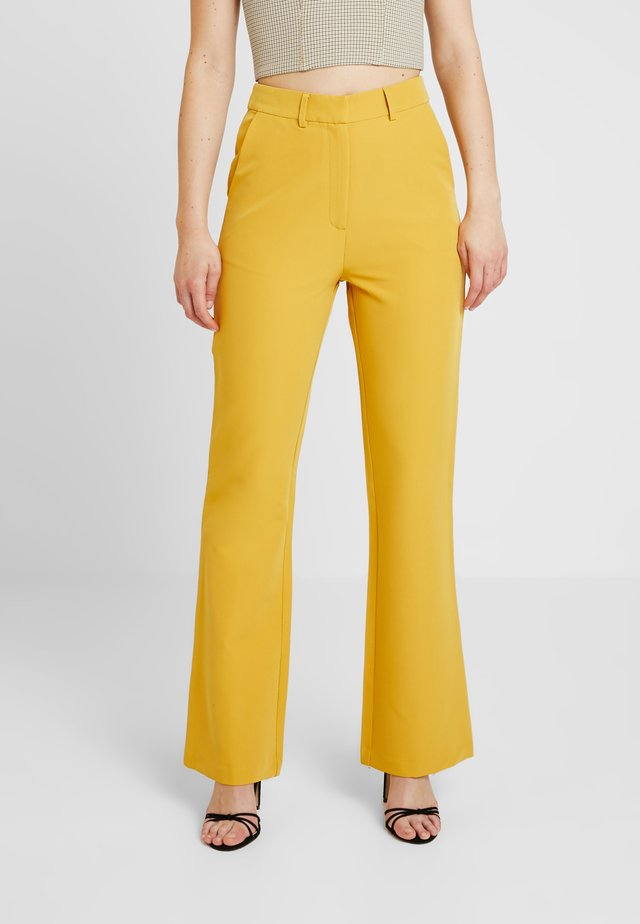 EXCLUSIVE MARIANNA TROUSER - Kangashousut - yellow