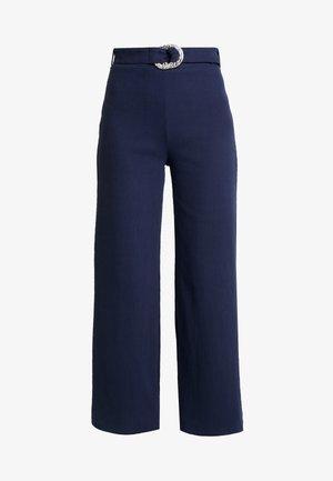 AERO TROUSER - Pantalon classique - navy