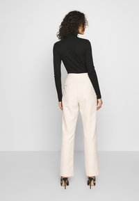 4th & Reckless - MILO TROUSER - Trousers - cream - 2