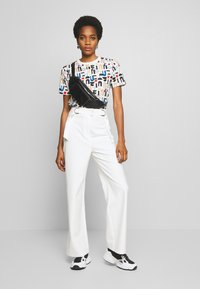 4th & Reckless - ADDIE TROUSER - Trousers - white - 1