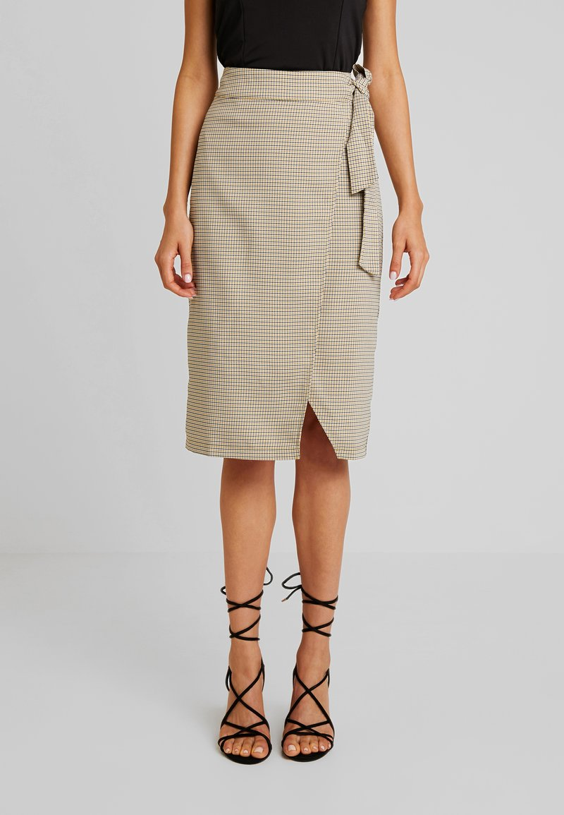 4th & Reckless - EXCLUSIVE ROMEO SKIRT - Tubenederdele - grey and yellow