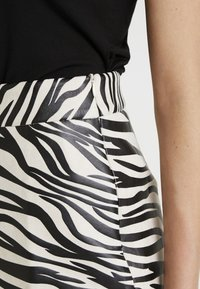 4th & Reckless - CINDY SKIRT - A-line skirt - black - 4