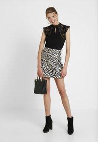 4th & Reckless - CINDY SKIRT - A-line skirt - black - 1