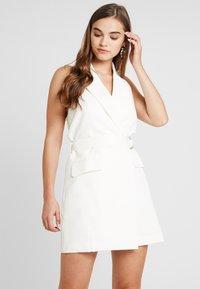 4th & Reckless - BLAZER DRESS - Pouzdrové šaty - white - 0