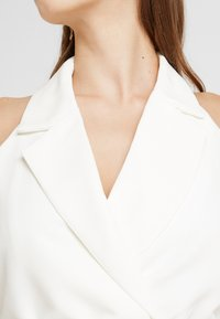 4th & Reckless - BLAZER DRESS - Pouzdrové šaty - white - 4
