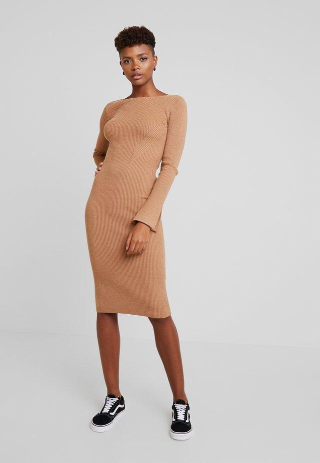 COREY - Shift dress - camel